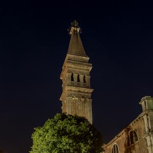nočný kostol