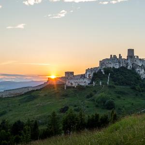 Západ slnka pri Spišskom hrade