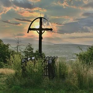 Kríž po východe slnka