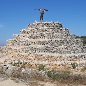 Pyramída