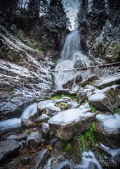 Vodopád pokrytý ľadom