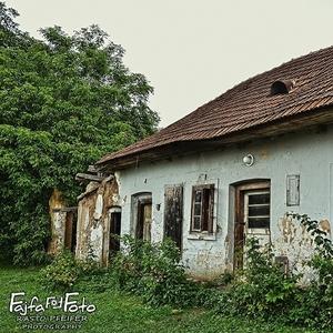 starý opustený dom...