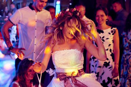 O fotení prvej svadby