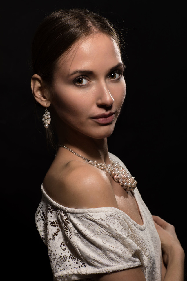 Dievča s perlami