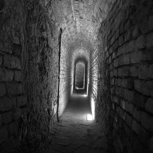 V podzemí