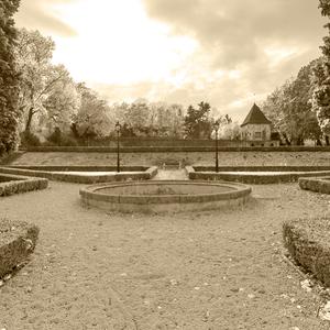 ...Zámocká záhrada ....