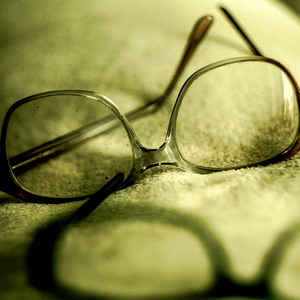 volebné okuliare