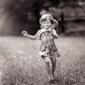 Run Lara,run...