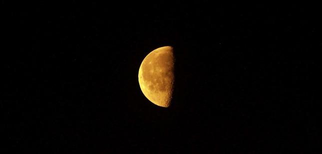 Mesiac. 7.5.2018 - 5:30