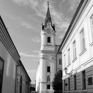 V uličkách Komárna.
