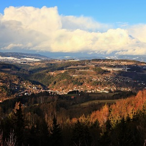 ....přes kopečky do Krkonoš....
