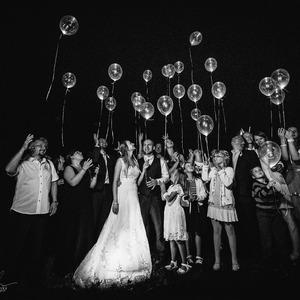 Pouštěli jsem balónky v noci