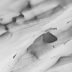 V snehových dunách