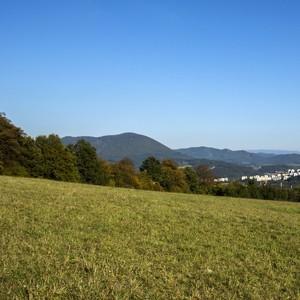 na kopci