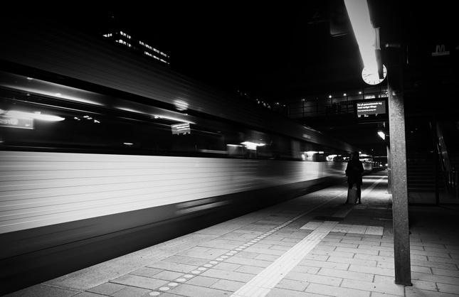 Cakanie na vlak