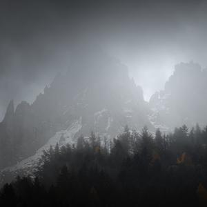 Z hmly