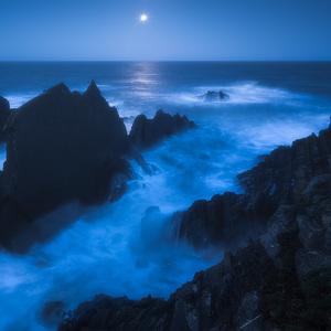 Zapad mesiaca