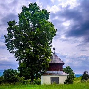 Haluzicky kostol