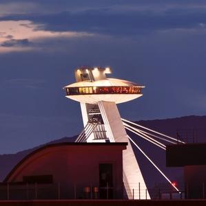 Večerné UFO