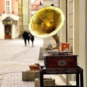 Gramophone Sound Master