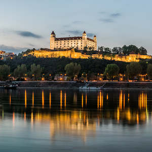 Dobrú noc, Bratislava