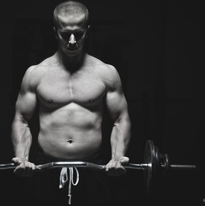 Tréning tela v posilke (2)