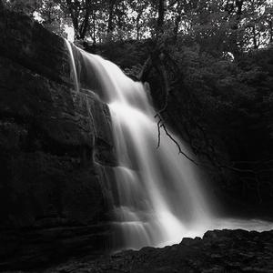 Vodopad Clun-Gwyn B&W
