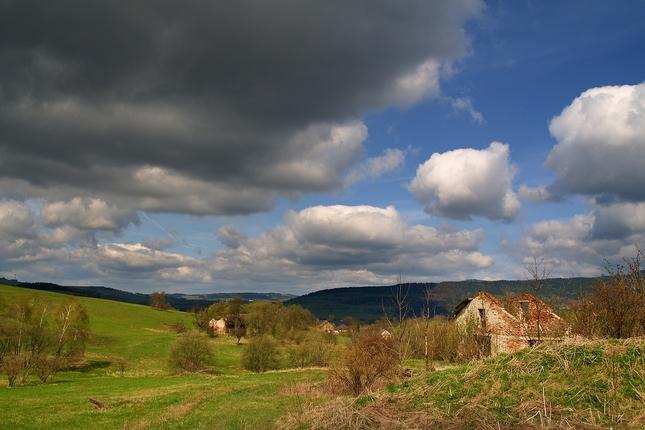Krajina s ruinou