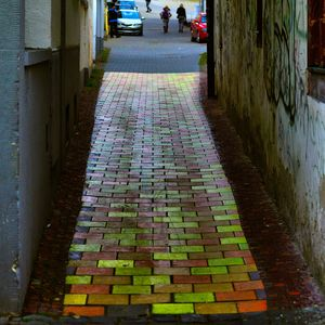 farebný chodník