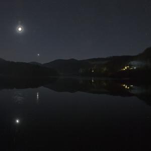 Mesiac nad Ružínom