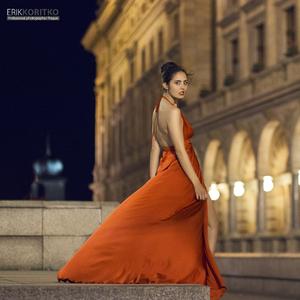 Poner Red Dress