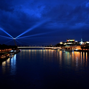 "Bratislavaská ""BIELA NOC"""