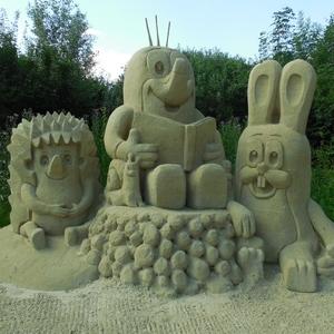 Sochy z mořského písku