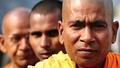 tři mniši