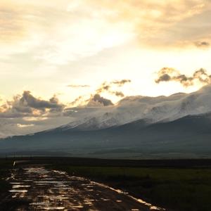 Tatry zakrivajúce západ slnka