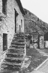 v kamennej dedinke