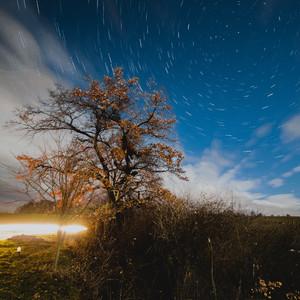 Nočná obloha počas splnu