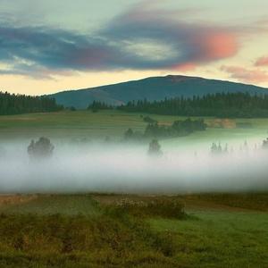 Ranné hmly pod B.Horou