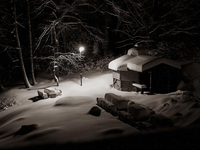 Tichá noc, snežilo do rána