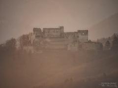 -V rannej hmle-