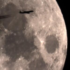prelet cez Mesiac