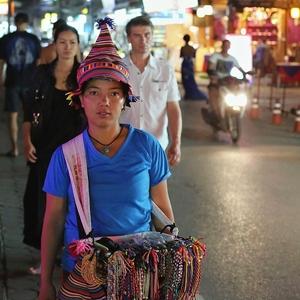 Thajská predavačka suvenírov