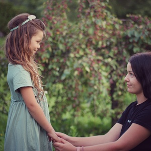 Úprimná laska sestier