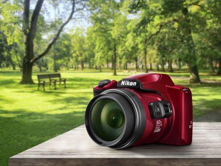 Nové fotoaparáty Nikon Coolpix s extrémnym zoomom