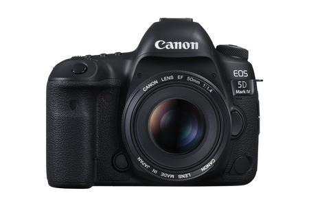 Nový Canon EOS 5D Mark IV + nový Wi-Fi adaptér W-E1