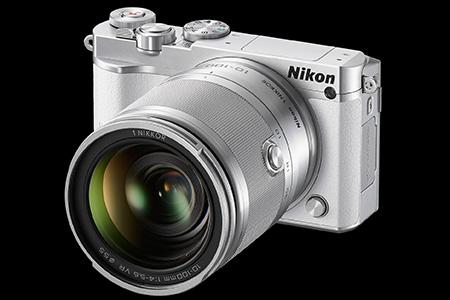 Nový Nikon1 J5