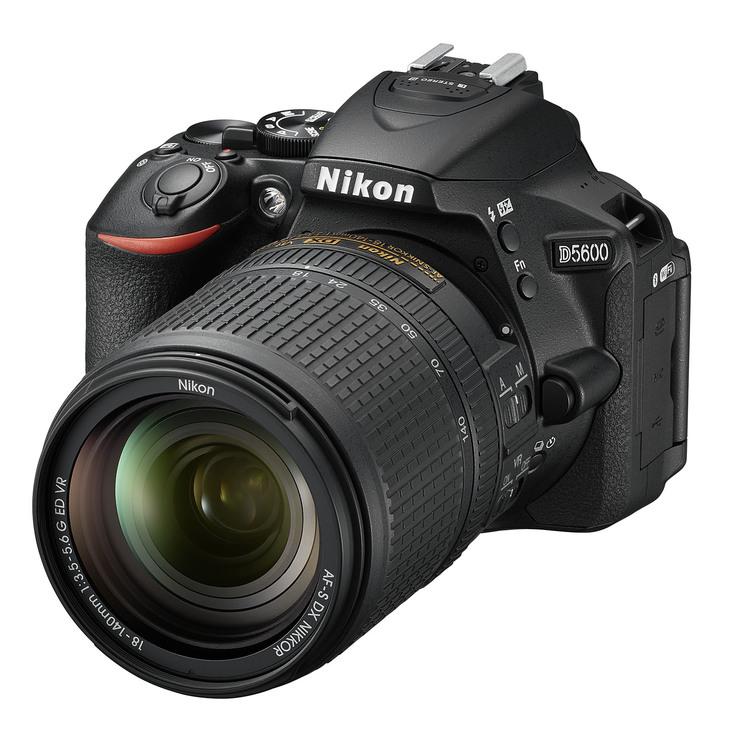 2239ce61a Začíname fotografovať – oplatí sa hneď kupovať zrkadlovku ...