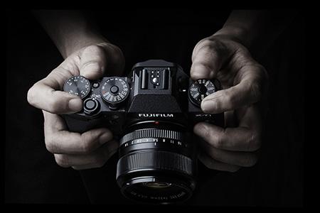 Aktualizácia firmwaru pre ďalšie vylepšenia fotoaparátu FUJIFILM X-T1