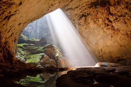 Fotografovanie s Dronom - Hang Sơn Đoòng, najväčšia jaskyňa na svete