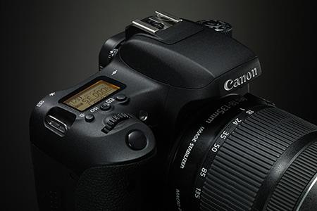 Nové zrkadlovky Canon